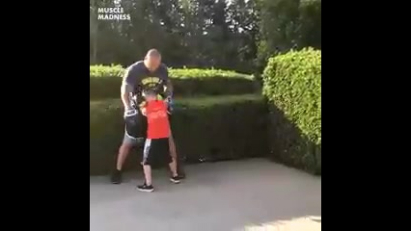 10 летний боксер ММА 95   БОИ БЕЗ ПРАВИЛ