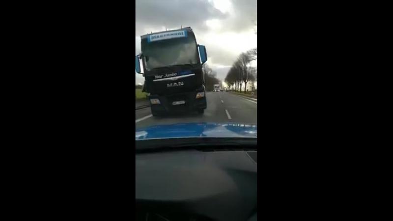 Eue-Transporte - Frechheit Die Polizei amüsiert sich...