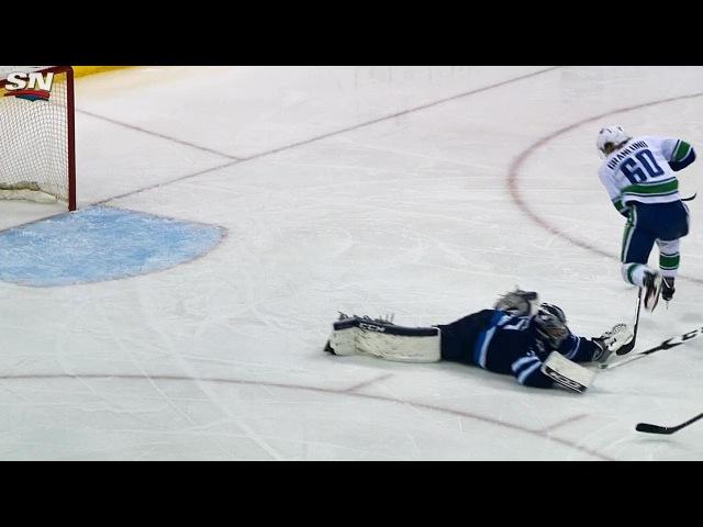 Hellebuyck's sliding poke check thwarts Granlund's scoring opportunity