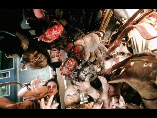 Видео к фильму Тринадцать привидений 2001 Трейлер к сожалению без русского перевода
