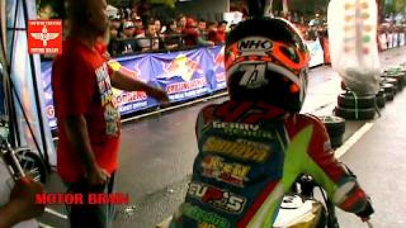 PALING SEREM DRAG BIKE NINJA MESIN JAHAT BERADU KECEPATAN DRAG BIKE INDONESIA