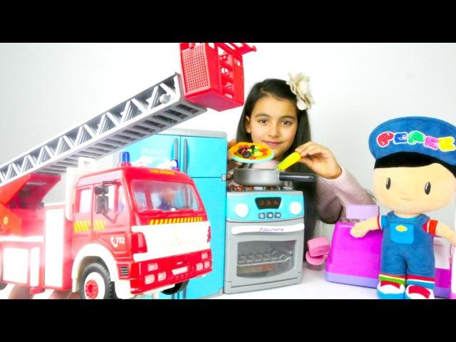 Yemek oyunu Oyuncak mutfakta YANGIN Pepee izle İtfaiye Oyunları Yardımcı Araçlar Evcilik oyunu