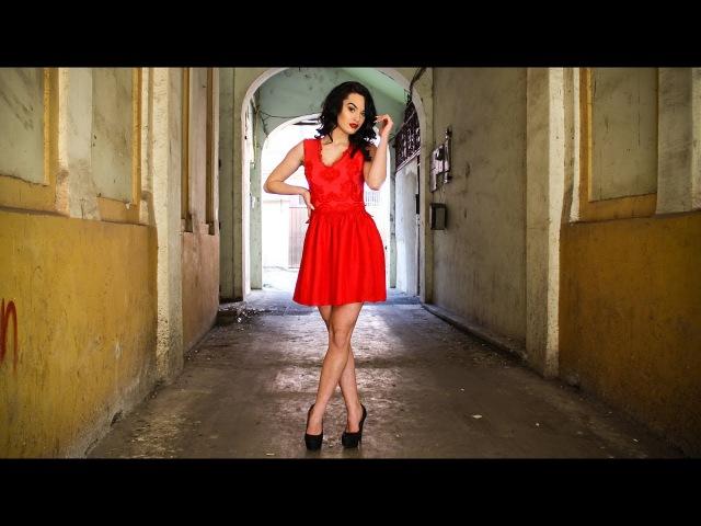 Babydoll red dress