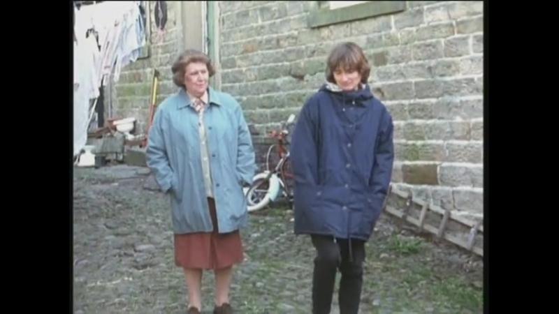 Hetty Wainthropp Investigates (1997) S02E06 Woman of the Year