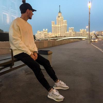 Михаил Туманский