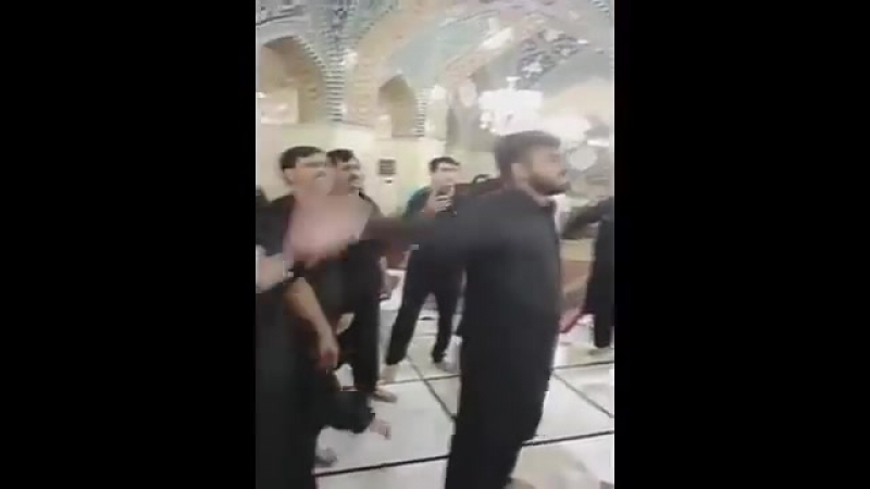 Шииты Скорбят по Хусейну да смилуется над ним всевышный