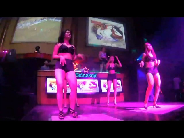 Ladies Night : Dj Tata With Dancer In Golden Palace