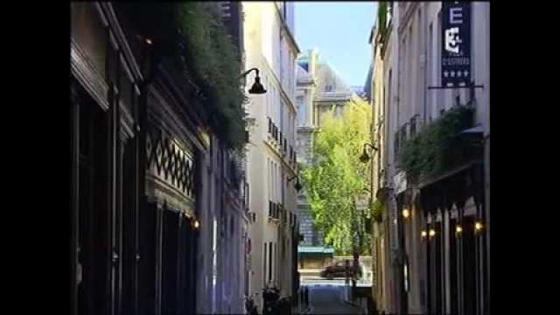 Un reportage sur l'Avenue Montaigne et ses centenaires qui met en lumière l'hôtel Plaza Athénée