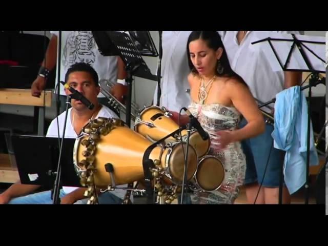 MELENA - Bata Drums Solo