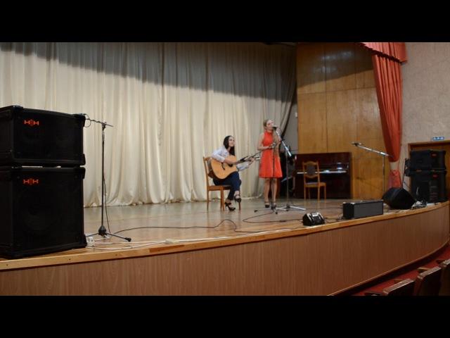 Marine Kras акустический проект, Мария Меньшова ( гитара) Carla Bruni - Quelqu'un m'a dit