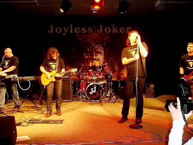 Joyless joker - dolby surround (соседи)