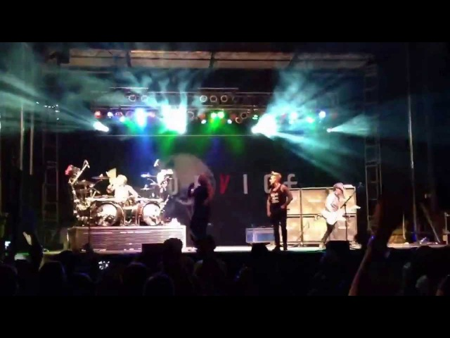 Wish - Device (Feat. Jacoby Shaddix of Papa Roach) Rocklahoma
