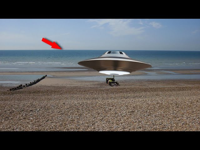 Unbelievable UFO Landing Caught On Camera   Original UFO Footage Leaked   Alien Sightings