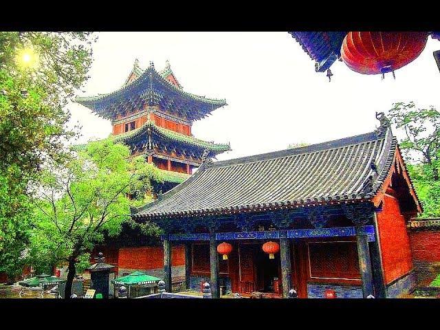 Ночь. Рассвет. Храм Шаолинь. Китай.