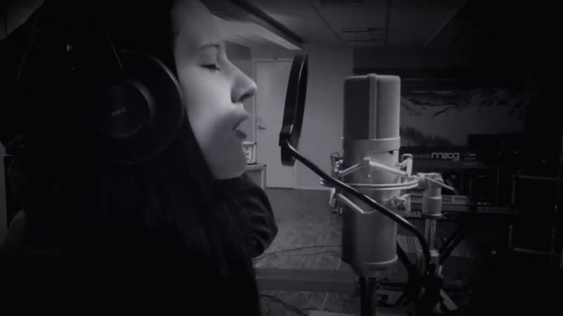 ISON Icosahedron Heike Langhans Vocal Practice in Studio