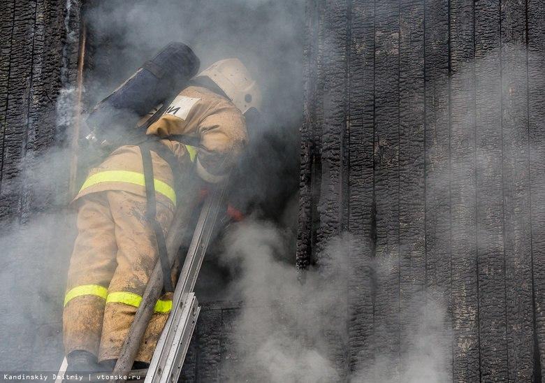 Пожилая женщина погибла при пожаре в томском селе Первомайское