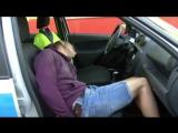 Двое мужчин были задержаны за угон автомобиля, совершенного прямо на глазах у владельца.