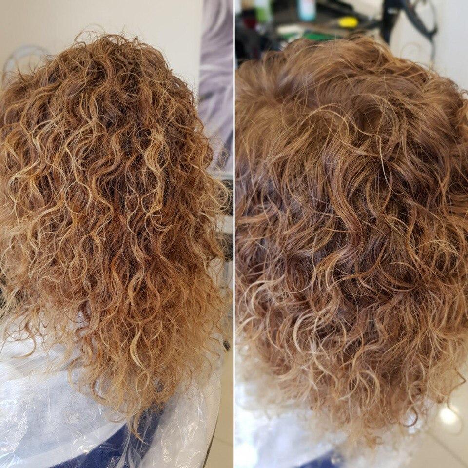 Если волосы очень грязные или на них большое количество средств укладки, то промыть нужно 2—3 раза.
