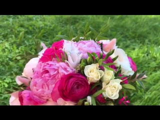 Дорогие невесты, мы осуществляем ваши заветные цветочные мечты 👍🏼🌸💕🌷😉 #floristiq #floristiq_com #weddingflowers #weddingdecor #w