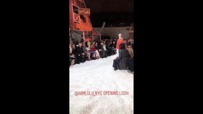 Показ бренда Calvin Klein в рамках Недели моды в Нью-Йорке   13.02.18