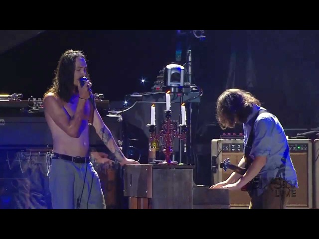 Incubus - Promises, Promises (Toast with Wine) Live @ Home Depot Center