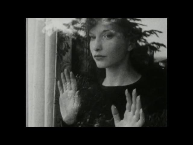 Meshes of the Afternoon by Maya Deren