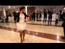 Очень круто танцует