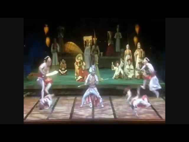 Cirque du Soleil - Kà - Pageant