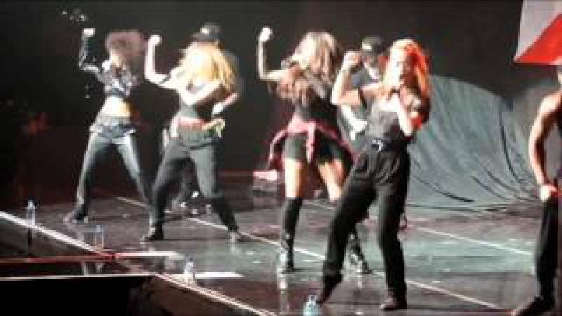 Demi Lovato Pranks Little Mix on Last Day of Tour