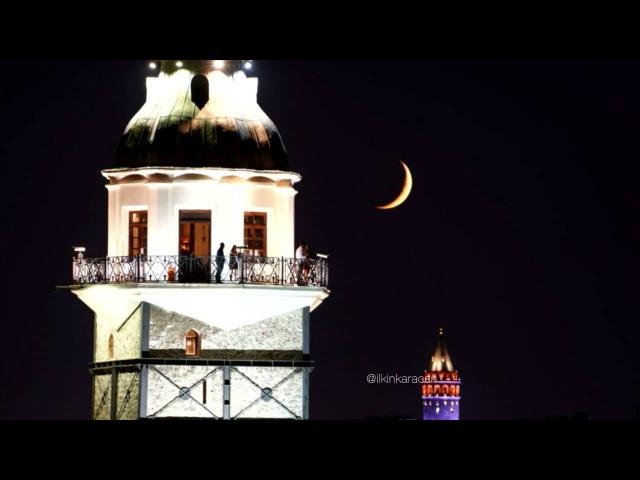 Istanbul Kız Kulesi Galata ve hilal batımı