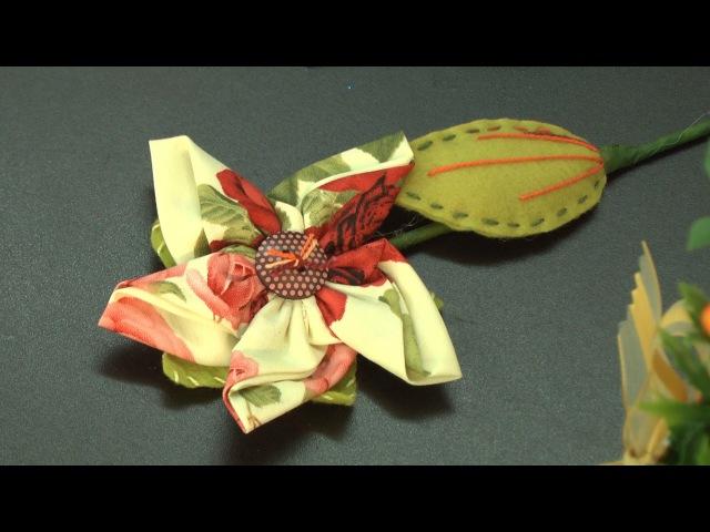 Cibélia Alves ensina fazer duas flores com o gabarito quadrado da We Care About.