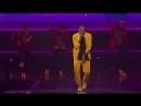 Крис исполняет «Questions» на благотворительном концерте от «TIDAL»