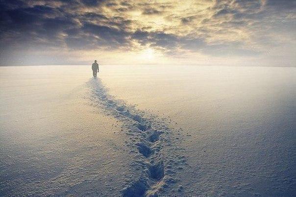 Дорога, под названием «потом» – ведет в страну, под названием «никогда