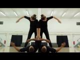 Удивительный танец с зеркалом