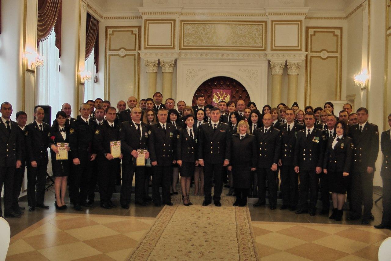 В Черкесске наградили судебных приставов из Зеленчукского района