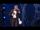"Leslie Odom Jr. - ""Forever Young"" And ""Winter Song"" At The 2017 Victorias Secret Fashion Show"