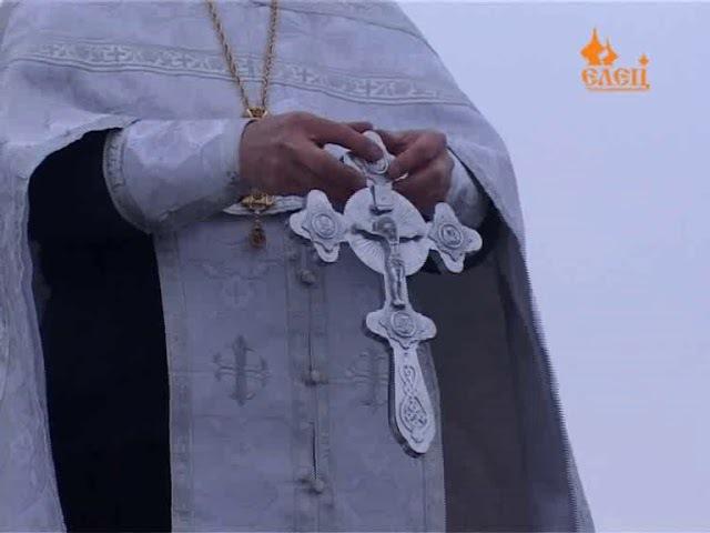 В крещенской купели совершили омовение сотни ельчан