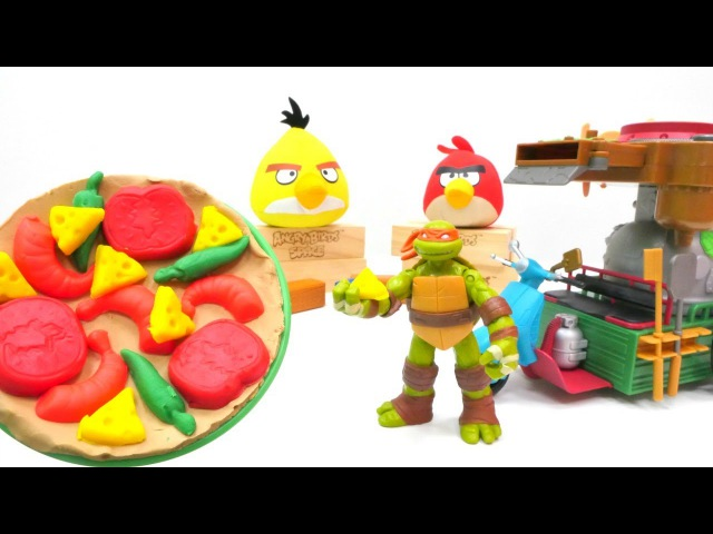 Türkçeizle.Nicole, Ninja kaplumbağalara Play Doh`tan pizza yapıyor.🍕 hamuroyunları.