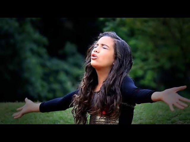Narriman Vitória - Adore com a Alma (Clip Oficial)