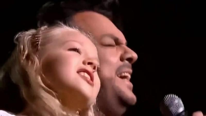 NY2015 - Bulgaria - Анастасия Петрик и Филипп Киркоров - Снег.mp4