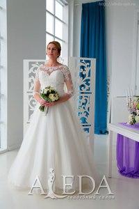 Наша 👰💍#невестаАледа #aleda_bride Елена Коренюк в платье  👗 Джиллиан😍 #elenachezelle