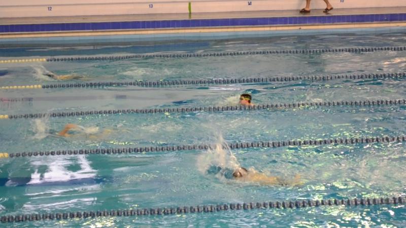 2 этап плавание 50 м вольный стиль (3 дорожка) 1.28с Ярослав 5 лет