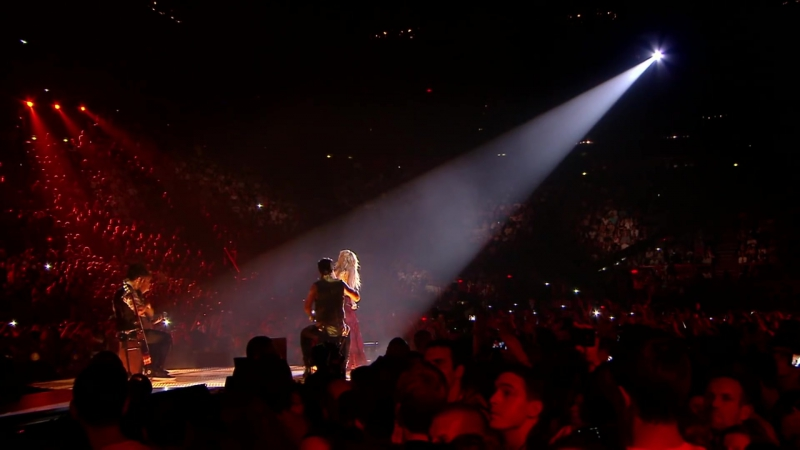 Shakira Nothing Else MattersDespedida Medley Live from Paris