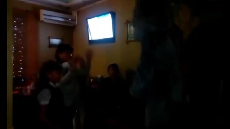 31.01.18 Танцы с Мишкой Тедди на празднике Регины