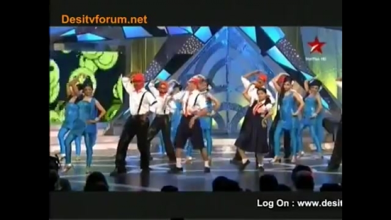 Sanaya Irani Dance Performance at Big Tv Award 2011