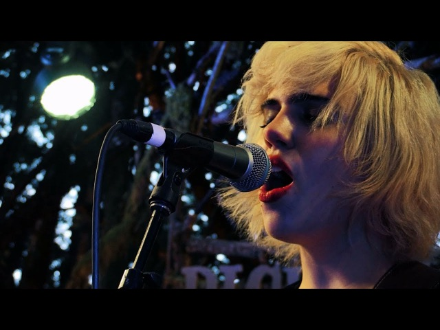 Sunflower Bean - I Was a Fool - Woods Stage @Pickathon 2017 S05E04