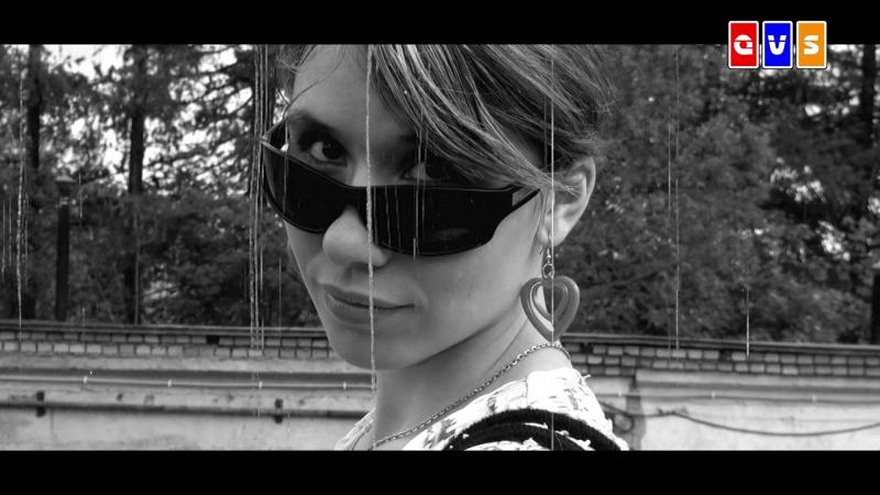 БЫВШАЯ ЖЕНА (Клип 2013) Единственное что хорошее осталось от Лучших Времён Это (2013 год и её 27-летний возраст)