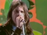 Black Sabbath - Paranoid-Iron Man (Music Video)