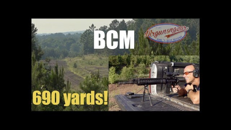 Shooting The Bravo Company USA Mk12 With a TA110 ACOG At 690 Yards (HD)