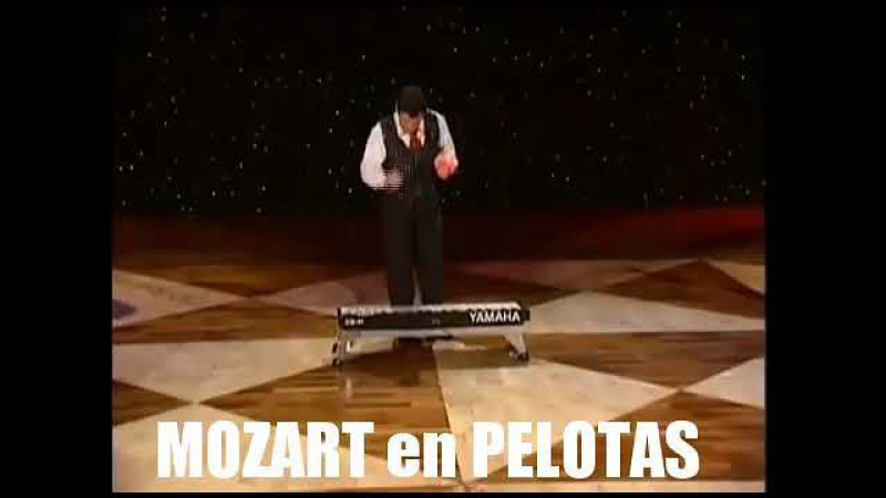 Mozart en pelotas Alex Jano Mty